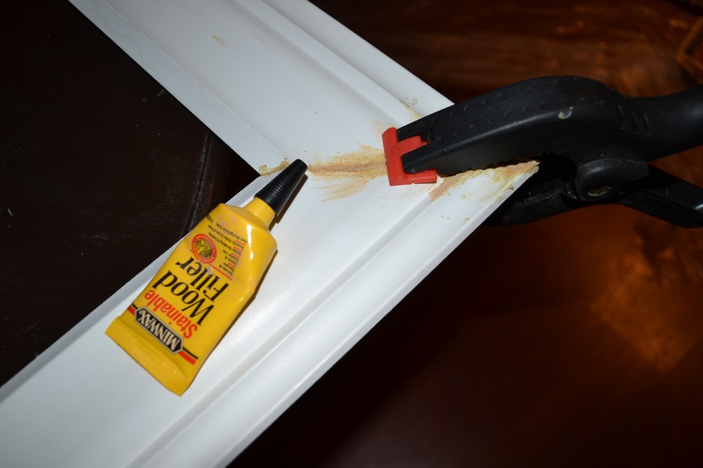 Add wood filler to close gaps 1024x682 DIY Framed Cork Board