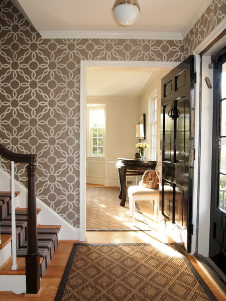 Geometric Wallpaper in Foyer 2012 Wallpaper Trends