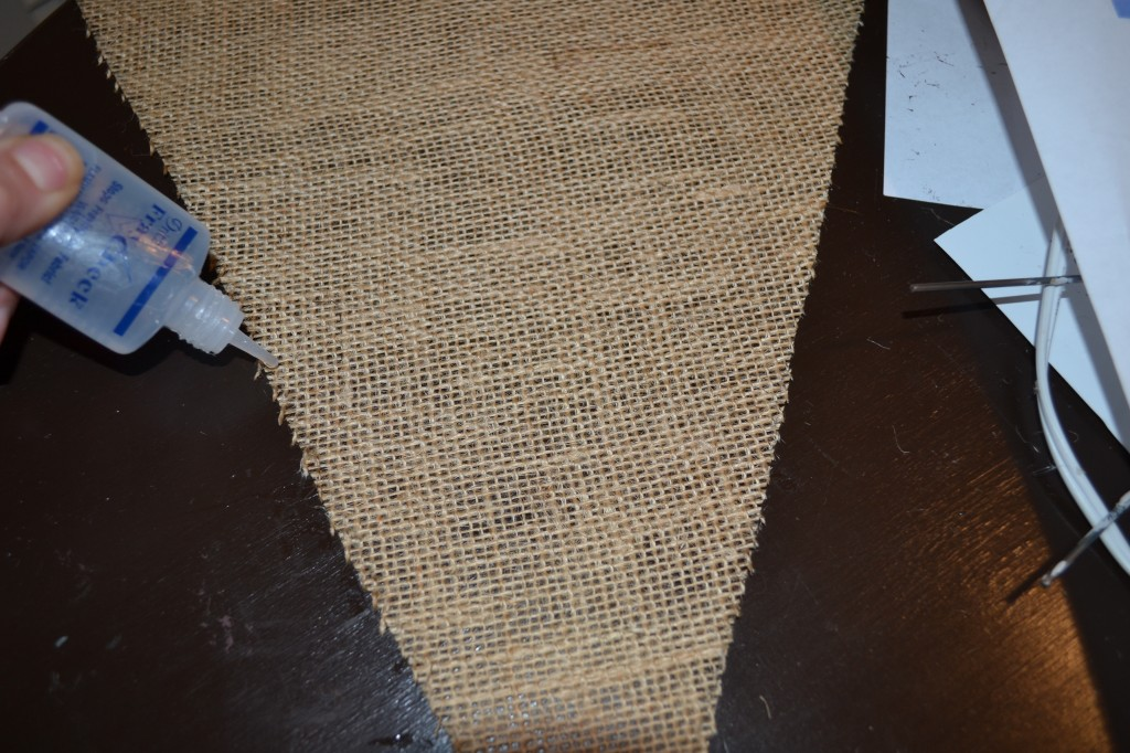 Apply to edges to keep from fraying1 1024x682 DIY Burlap Pennant Banner