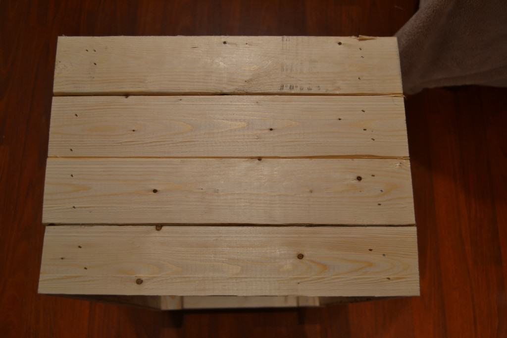 DSC 46022 1024x682 DIY Wooden Crate