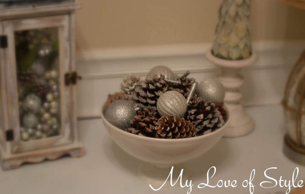 Frosted Pinecone display 11 1024x652 DIY Frosted Pine Cones