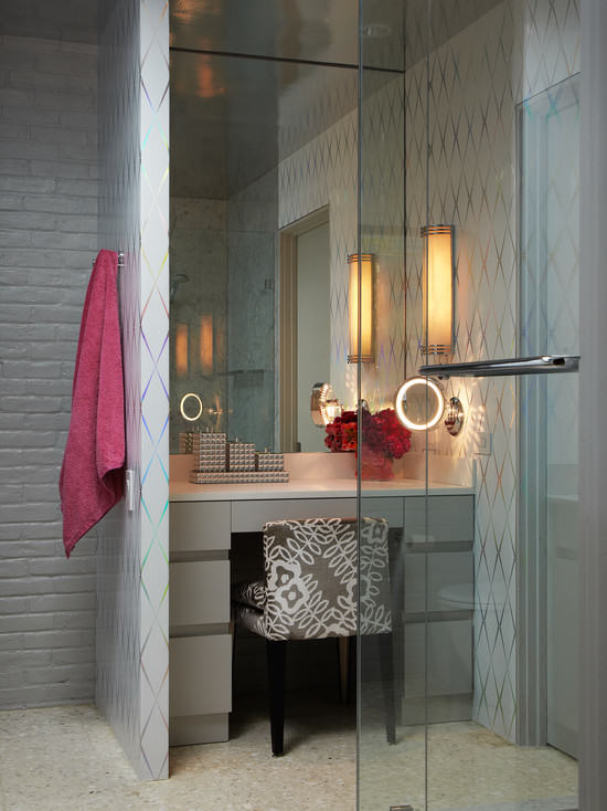 Old Hollywood Bathroom Decorating Style Series: Hollywood Regency