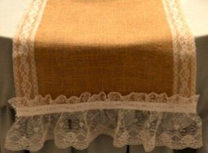 DIY Burlap and Lace Table Runner /></a></div>